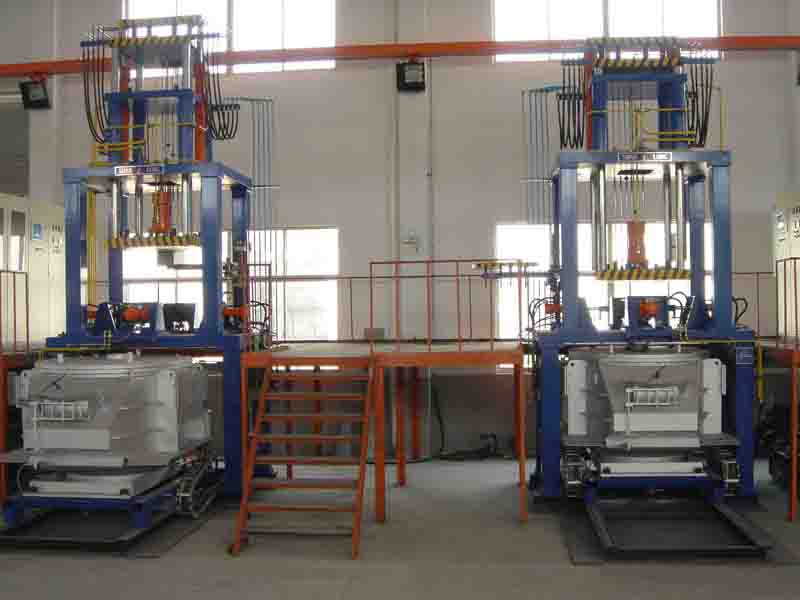 Low pressure casting machine