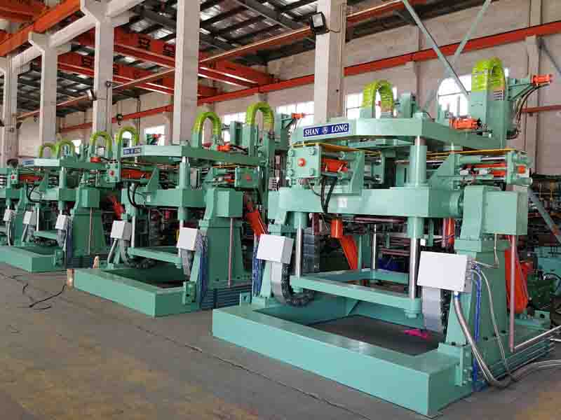 Tilt gravity casting machine